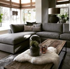 Living Room Carpet, My Living Room, Home And Living, Living Room Decor, Interior Design Living Room, Living Room Designs, Hygge Home, Home And Deco, Home Furniture