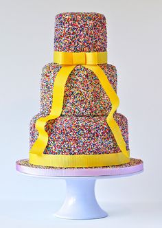 Swirls Bakery, Premium cakes for corporate occasions, large weddings and spectacular events. Sprinkle Wedding Cakes, Round Wedding Cakes, Sprinkle Cakes, Beautiful Cakes, Amazing Cakes, Sweet Night, Glitter Party, Cake Cover, Fancy Cakes