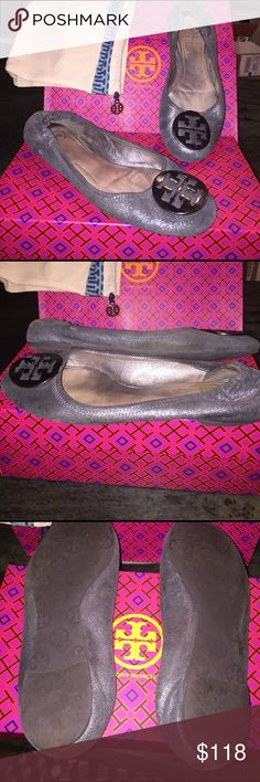 Tory Burch Graphite Matte Metallic Reva Flats sz 9 Sz 9M Very gently used. Exterior & interior immaculate. Only wear is slight, on soles.(3rd pic.) A few very faint scratches on medallions (see last pic) I'm usually an 8.5, but a 9 in some Torys, so these could work for an 8.5, or 9. Great muted matte graphite grey, so not super shiny and are great for day or night. I typically don't save shoeboxes, but can put these in another Tory shoebox, and include the TB shoe bag. From my smoke and pet…