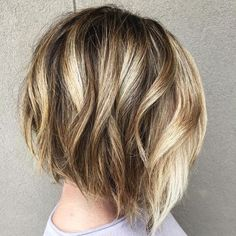 45 Trendy Short Hair Cuts for Women 2019 – PoPular Short Hairstyle Ideas Balayage Short Bob Hairstyles for Women Thick Hair – Bob haircut with blonde highlights – Farbige Haare Thick Hair Bob Haircut, Medium Hair Styles, Short Hair Styles, Short Bob Hairstyles, Short Haircuts, Formal Hairstyles, Brunette Hairstyles, Layered Haircuts, Wedding Hairstyles