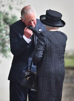 Charles, Prince of Wales holding the hand of his mother, Queen Elizabeth II. Funeral Of Patricia Knatchbull, Countess Mountbatten Of Burma at St Paul's Church in Knightsbridge on June 2017 in London, United Kingdom. Lady Diana Spencer, Windsor, Prinz Philip, English Royal Family, Isabel Ii, Her Majesty The Queen, Queen Of England, Queen Mother, Prince Charles