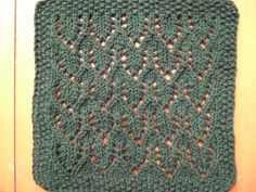 Small Arrow Cloth ~ smariek knits - free pattern