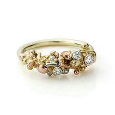 Elements ring with three diamonds ♡ www.hoogenboombogers.com