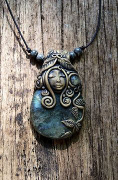 Goddess Necklace - Labradorite Gemstone Necklace - OOAK - Handcrafted - Free Shipping