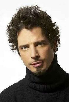 LOVE HIM!!! ...CHRIS CORNELL <3 One most sexiest rockers