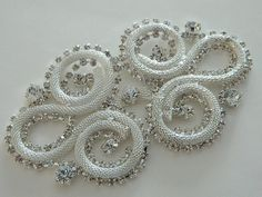 Accessoires mariée appliques de cristal par AppliqueRhinestones