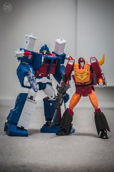 Transformers Masterpiece MP-22 Ultra Magnus and MP-09 Rodimus Convoy (Rodimus Prime)