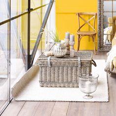 Diese Korbtruhe macht sich perfekt in Landhäusern. #impressionen