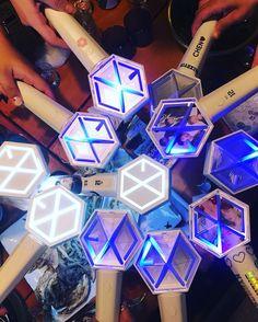 Lightstick Exo, Kpop Exo, Chanyeol, K Pop, Bullet Journal Essentials, Exo Memes, Random, Cute Photos, Truths