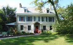 Arthur Morgan House Bed & Breakfast in Yellow Springs, Ohio | BedandBreakfast.com | Book Now!    Good location for those who don't want to stay in a hotel for the wedding if we have it out towards YS