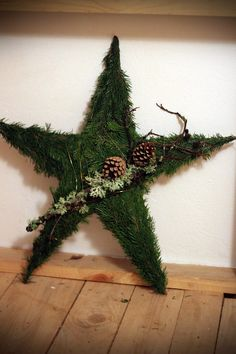 beautiful: [I see the stars] from swedish florist website Mehr Christmas Wood Crafts, Woodland Christmas, Christmas Porch, Magical Christmas, Christmas Star, Homemade Christmas, Christmas Holidays, Christmas Centerpieces, Xmas Decorations
