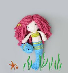 ♡ Little crochet Mermaid and her little fish by LinaMarieDolls