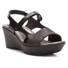 Naot   Gallus- Black:    Warm weather and sunny climes call for the fetching Naot Gallus sandal.