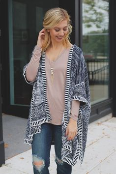 Short Sleeve Open Front Marled Ombre Knit Cardigan – UOIOnline.com: Women's Clothing Boutique
