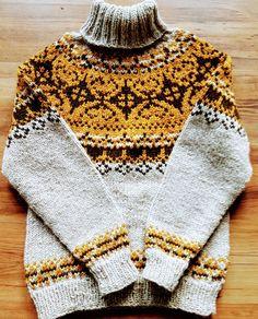 Alasuq Polar, strikka i Troll frå Hillesvåg. Sweater Cardigan, Jumper, Men Sweater, Loom Knitting, Knitting Patterns, Nordic Sweater, Crochet Wool, Knitwear, Cool Outfits