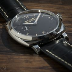 We're big fans of the 42mm Panerai Radiomir 1940 models. This #PAM512 is slim at 11.5mm and has a 3 day power reserve.   More photos and info at