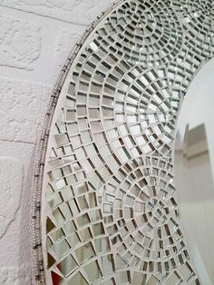 40 Spectacular Bathroom Picture And Wall Art Decor Ideas - While remodeling parts of your home can be difficult, it can also be a very fun thing to do and a creative outlet for expressing yourself. One good pl. Mirror Mosaic, Mosaic Diy, Mirror Tiles, Mosaic Wall, Mosaic Glass, Glass Art, Sea Glass, Tall Wall Mirrors, Mirror Artwork