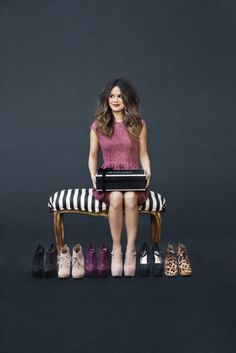Just bought my first pair of shoes from the winter ShoeMint Collection! Btw, Rachel Bilson looks absolutely gorge in this picture! Rachel Bilson, Crazy Shoes, Me Too Shoes, Big Shoes, Fancy Shoes, Pretty Shoes, Shoes Heels, Madame, Girl Crushes