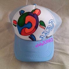 Gorra pintada a mano con diseño de tortuga