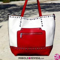 Bolso Tote Blanco Y Rojo, de MibolsoMivida.com. LLeva un departamento interior que se puede utilizar como bandolera independiente.