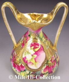 For your consideration is this Early Hand Painted Nippon Morimura Handled Vase. This vase has the mark on the base that reads Hand Painted Nippon with an M in the middle surrounded by leaves. Vintage Vases, Vintage Glassware, Vintage China, China Painting, Ceramic Painting, Glazes For Pottery, Pottery Art, Japanese Porcelain, Porcelain Ceramics