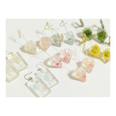もくもく。 minneで販売中です! BAKELYで検索を! (http://minne.com/bakelyk) #BAKELY #minne #ハンドメイド #ドライフラワー #ダイヤ #アクセサリー #ピアス #イヤリング #handmade #flower #driedflower #diamond #accessorie #pierce #earring #cottonwool