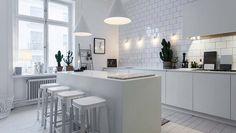 Cocinas blancas: luminosidad y amplitud espacial para todos los estilos