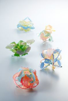 Wen-Miao Yeh  [TAIWAN] 大賞 Grand Prix 「The Space 2013」 Brooches - The Space 2013 - Plastic, cooper, paint