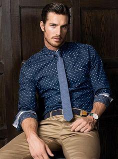 Glen tela escocesa de flacos Tie + lunar camisa de la impresión.