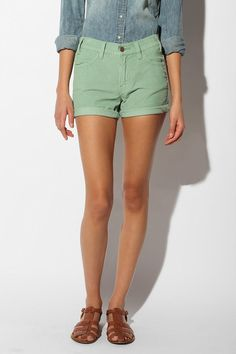 Levi's Cord Short - love this in mint!