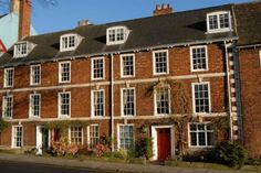Find properties to buy in Lincoln with the UK's largest data-driven property portal. View our wide selection of houses and flats for sale in Lincoln. Find Property, Property For Sale, Flats For Sale, Multi Story Building, Yard, Mansions, House Styles, Lincoln, Money