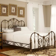 Empress Iron Bed in Gilded Bronze