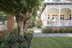 Wembley Residence heritage home landscape design Perth, Landscape Design, Sidewalk, Exterior, Homes, Building, Plants, Projects, Log Projects