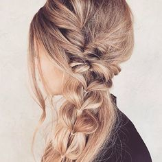 Messy braids ❤❤ Tag a friend who would like this hairstyle! @taylor_lamb_hair