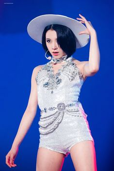 Image shared by 맨디. Find images and videos about kpop, twice and chaeyoung on We Heart It - the app to get lost in what you love. Nayeon, Kpop Girl Groups, Korean Girl Groups, Kpop Girls, Stage Outfits, Kpop Outfits, Twice Chaeyoung, Jihyo Twice, Twice Kpop