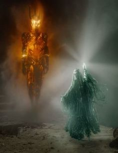 This scene is really neat but it's not Gladriel at all! She was lady of the WHITE light and stood for all that is good where as here if I didn't know better I'd say that she was the bad guy. << This is what happens when she wields the power of the ring Sauron & Celebrimbor forged and gave to her.