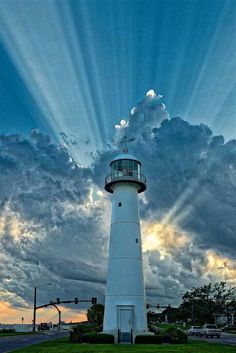 Lighthouse Painting, Lighthouse Pictures, Lighthouse Keeper, Biloxi Lighthouse, Lighthouse Storm, Beautiful Places, Beautiful Pictures, Beacon Of Light, Beacon Of Hope