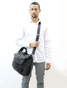 SALE !!! Black leather briefcase, Distressed #bagsandpurses #messenger @EtsyMktgTool http://etsy.me/2k4ipPk #leathermessenger