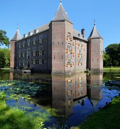 """https://flic.kr/p/uh29Et 