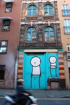 Blue door - Shoreditch, London