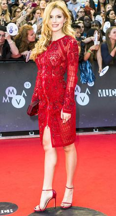 2015 Much Music Video Awards-Arrivals Daily Fashion, Love Fashion, Womens Fashion, Nice Dresses, Short Dresses, Bella Throne, Fashion Vocabulary, Celebs, Celebrities Fashion