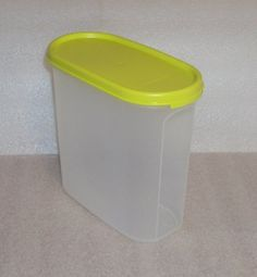 Tupperware Modular Mates Oval #3 Container, Margarita Green Seal