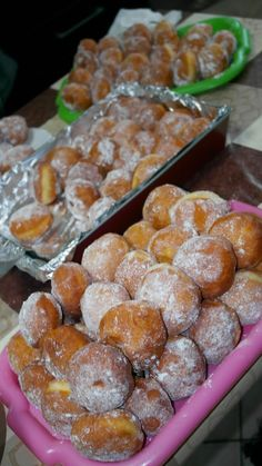 Pretzel Bites, Doughnuts, Cookie Recipes, Cereal, Deserts, Food And Drink, Yummy Food, Sweets, Meals