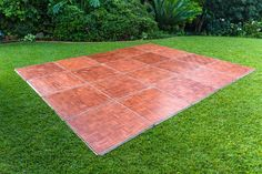 Learn how to make a dance floor in your backyard. We take you step by step from building your own to buying! See which option is best for you. Cheap Wood Flooring, Diy Flooring, Laminate Flooring, Flooring Ideas, Bathroom Flooring, Flooring Sale, Plank Flooring, Planks, Diy Wedding Dance Floor