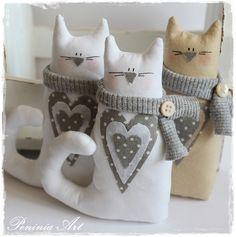 Wczoraj w nocy na świat przyszły kolejne kociaki z szaliczkami-   tym razem w trochę innej wersji.   ***              ***   Serdeczności za...
