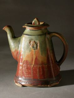 Teapot-Sq.-rust/green glaze, David Voll