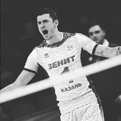 Can you give me a big hug my eggy? ♥♥♥ #mattanderson #volleyballplayer #volleyzenit #zenitkazan #outsidehitter #handsome #killereyes #killersmile #Olympian #MVP #thebestofthebest #myeggy