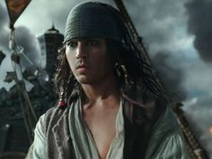 "You're not dreaming. The new trailer for ""Pirates of the Caribbean: Dead Men Tell No Tales"" features a startlingly young version of pirate Jack Sparrow."