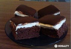 Vanella szelet | NOSALTY Hungarian Recipes, Sweet Cookies, Kaja, Vanilla, Goodies, Sweets, Cupcakes, Food And Drink, Baking