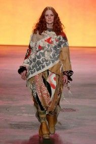 People of the Labyrinths - Lente/Zomer 2013 - Fashion Shows - VOGUE Nederland
